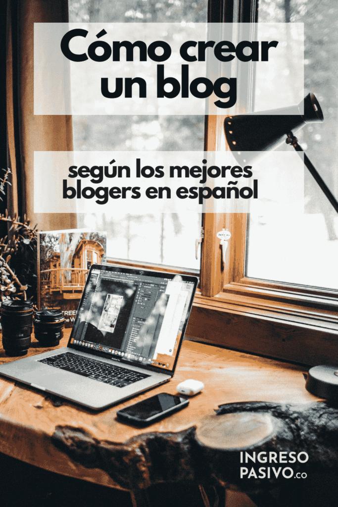Cómo crear un blog Portátil sobre escritorio de madera