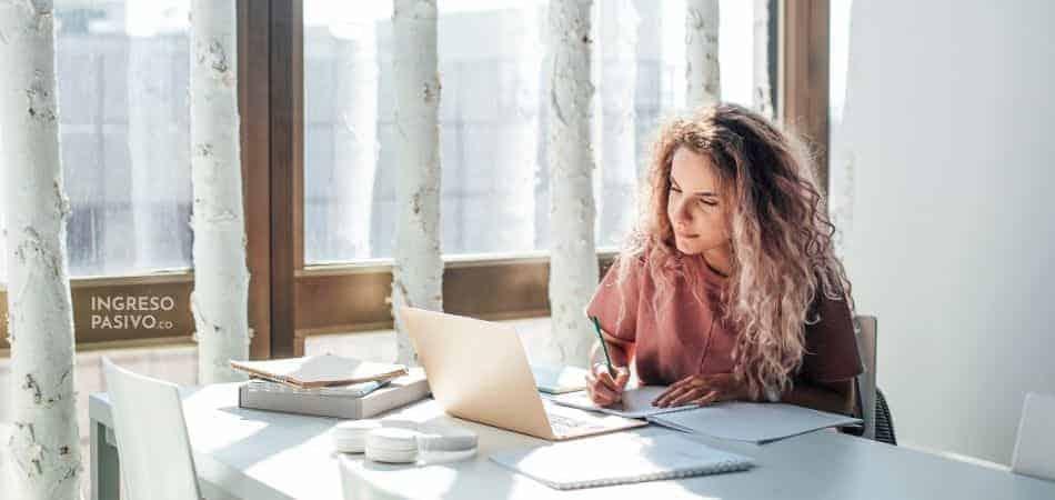 En qué mi primer sueldo: En educación financiera