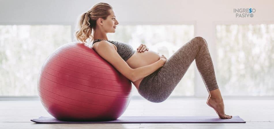 Clases de yoga prenatal - cómo conseguir dinero estando embarazada