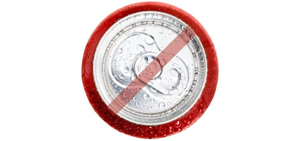 Ideas para ahorrar en la vida cotidiana: no tomes CocaCola
